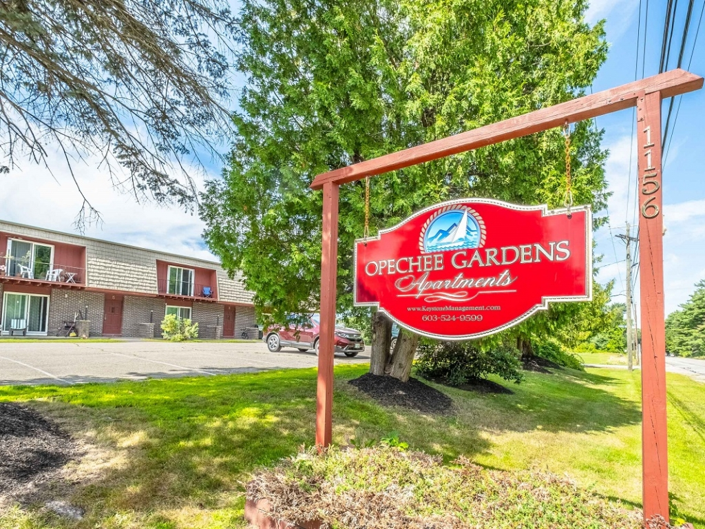 one and two bedroom apartments Laconia NH