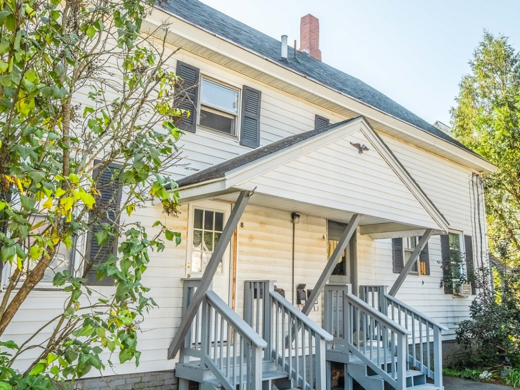 Affordable 2-bedroom apartments for rent Waterville Maine