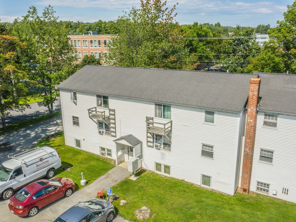 Affordable 1-bedroom apartments Oakland Maine