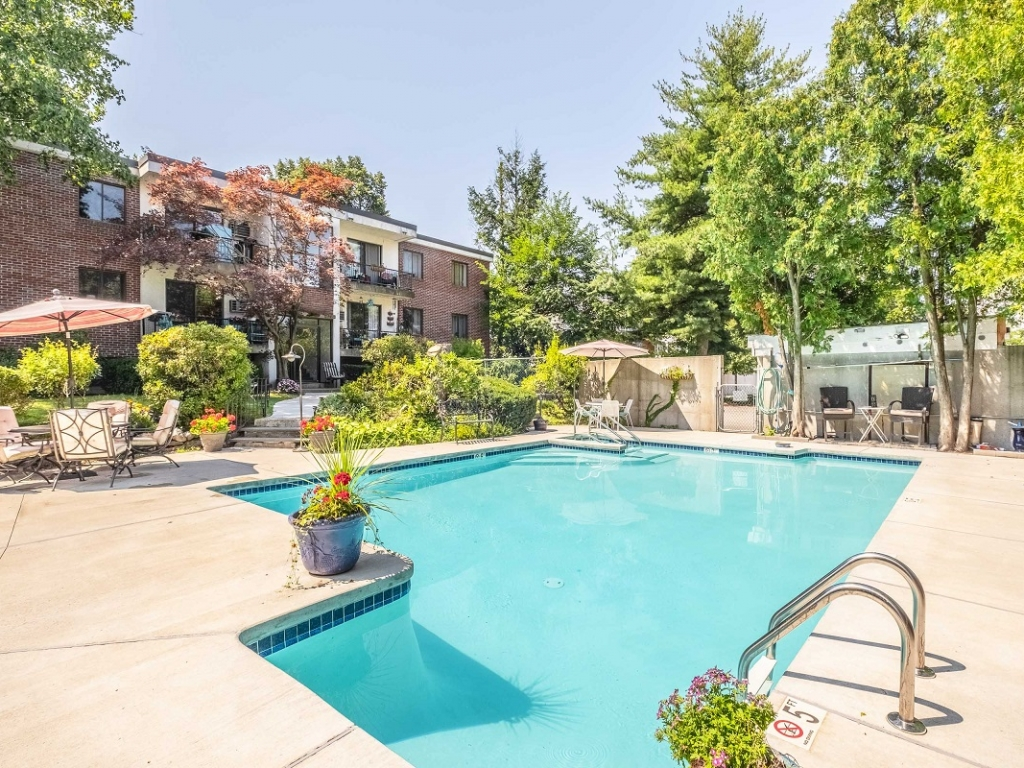 two bedroom apartment concord nh with pool
