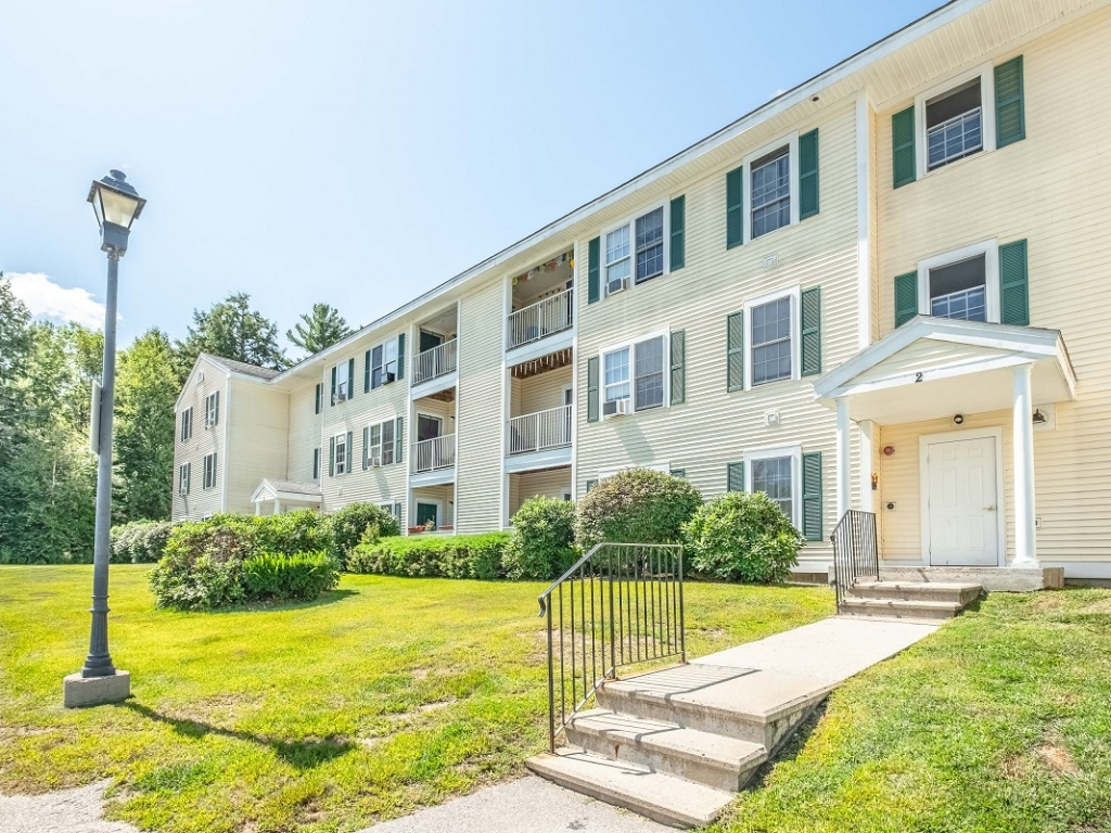 2 bedroom apartments Peterborough NH heat included