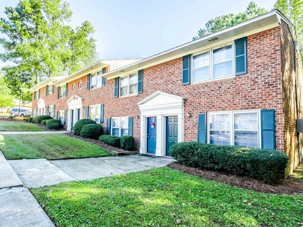 apartments sanford nc water sewer included