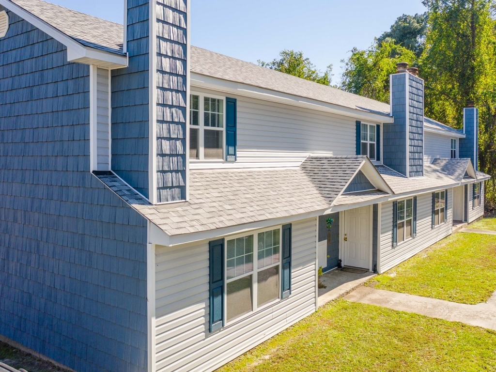 Dog friendly, updated 2 bedroom apartments Sanford, NC